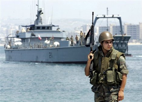 protest-boat-ap-lefteris-pitarakis