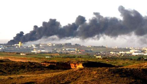 smoke-billows-from-gaza-stip-afp