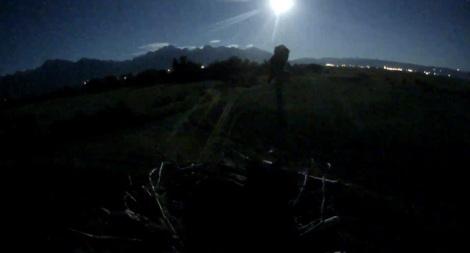 M moon shot L22